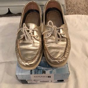 Gold Sperry Top-Siders!
